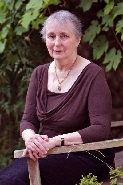 Joanna Leach